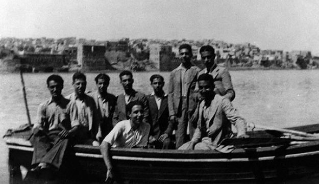 Iraqi Jews reach British Mandatory Palestine after the Farhud pogrom in Baghdad of 1941.